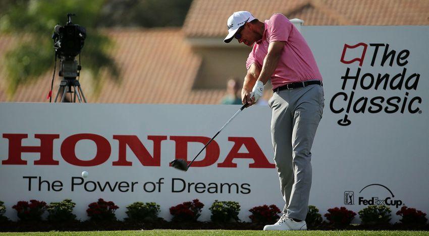 Không dùng gậy cán dài, Adam Scott khẳng định đẳng cấp với chức vô địch Honda Classic