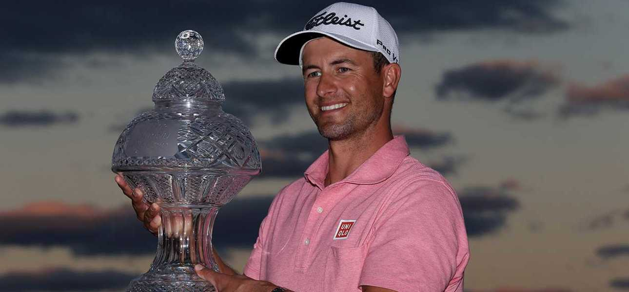 Adam Scott with Honda trophy