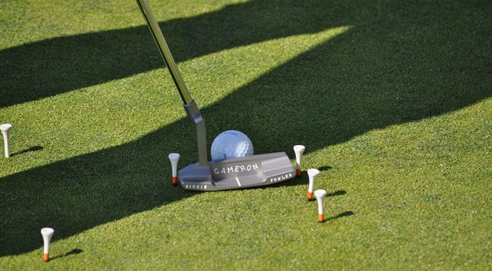 Story behind Rickie Fowler Scotty Putter Fowlerputting-847